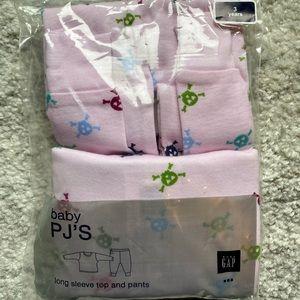 NWT Baby Gap Pink 100% Cotton Pajamas Set Size 3